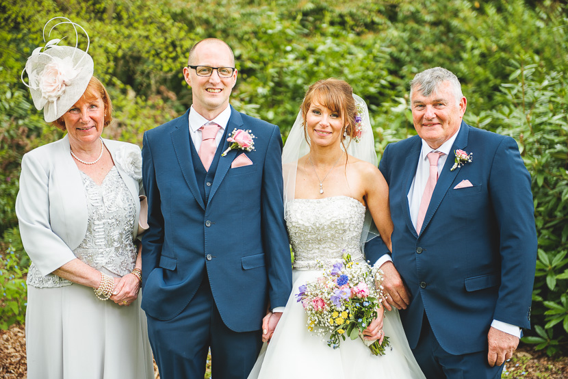 woodhall-spa-manor-wedding-photography-naden