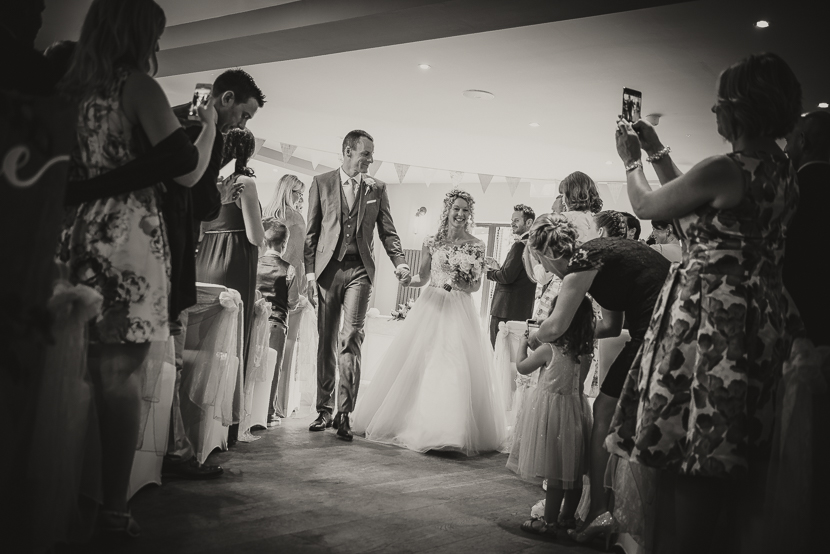 the-chequers-inn-woolsthorpe-wedding-photography