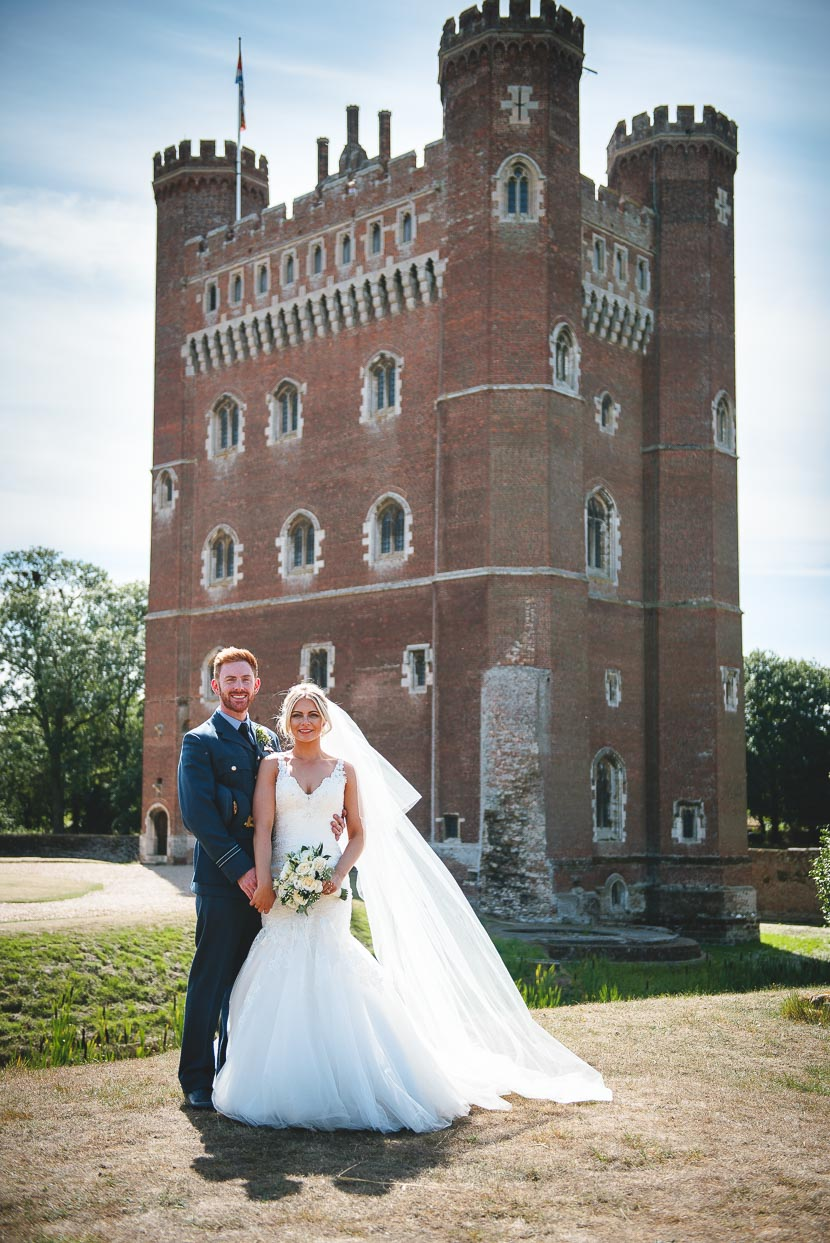 tattershall-castle-wedding-photography-laura-christattershall-castle-wedding-photography-laura-chris