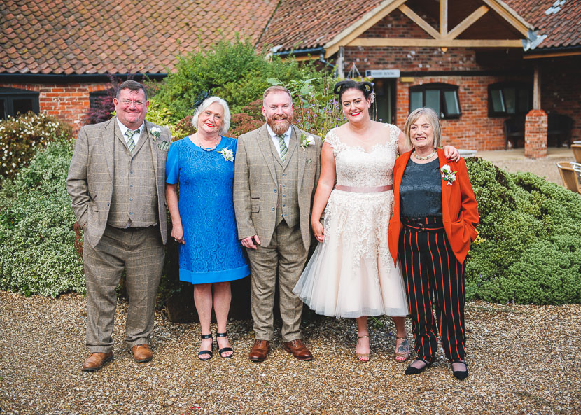 the-old-barn-ashby-cum-fenby-wedding-photography
